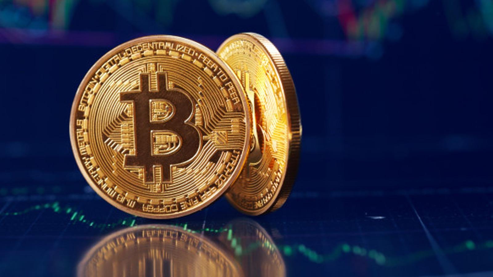 bitcoin scambio derivati)